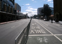Six Lanes without Motor Traffic - but where are the bicycles?