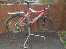 workstand with bike (1)
